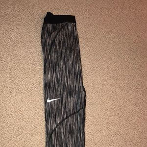Nike Pro HYPERWARM leggings!
